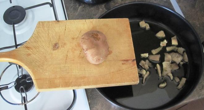 Κόψιμο στο τηγάνι (1)